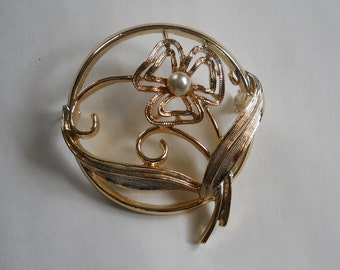 Sarah Coventry Brooch, Flower Pin, Circle Pin, Sarah Coventry Pin, Vintage Jewelry