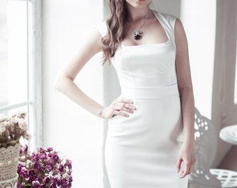 Fitted style short wedding dress M3, Romantic wedding gown, Classic bridal dress, Custom dress, Rustic gown, Winter Wedding