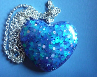 Pendant love blue