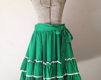 Square Dancing Skirt 50s Retro Swing Green White Trim Small Medium