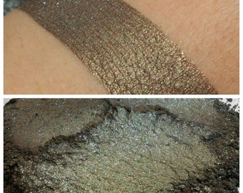 Toad Stew - Swamp Mix - Mineral Eyeshadow - ili