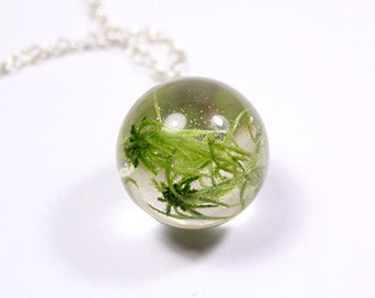 green necklace moss necklace terrarium necklace gifts necklace ball necklace floral necklace gift/for/mom necklace green jewelry gift Рю124