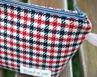 Dogthooth Large Makeup Bag  -  Houndsthooth Large Zipper Pouch - Large Cosmetic Bag - Large Toiletry Bag
