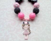 Disney Girl Necklace, Minnie, Mickey, Chunky Bubblegum Bead Necklace with Rhinestone Pendant, Black, Pink, Rhinestone 20mm Beads