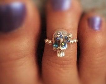 Miss Noggin Toe Ring