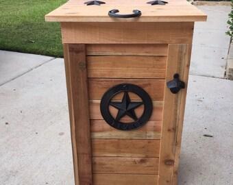Texas Star Cedar Trash Can