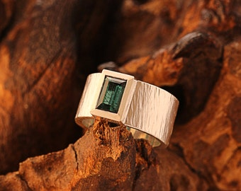 tourmaline ring green,hammered silver ring, Indigolite,