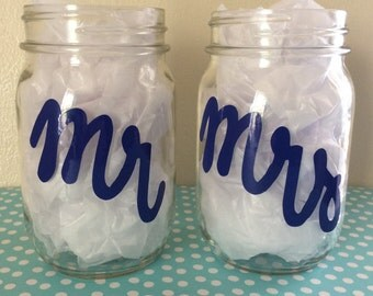 Mr & Mrs Wedding Glasses Set; Mason Jar Wedding Glasses; Mr and Mrs Wedding Mason Jars; Wedding Glasses; Wedding Pint Glasses; Mr and Mrs