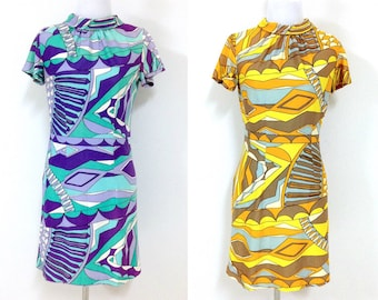 Lot of 2 60s Dresses Bright Pattern Short Sleeve with Rolled Round Neck Size Medium