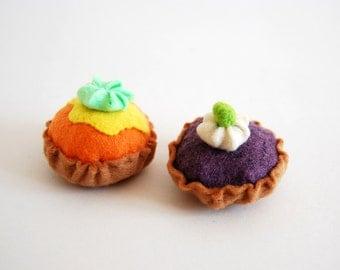 2 mini-gâteaux feutrine aliments dînette ou décoration/2 felt little cakes cookies felt aliments