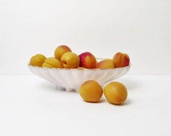 Vintage Milk Glass Bowl Large, white glass bowl, center piece bowl, white,Fruit bowl