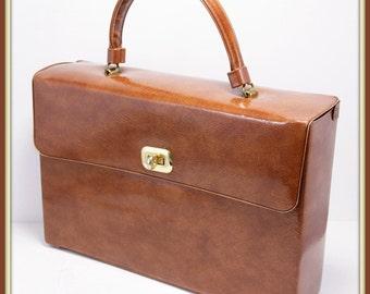 Vintage Box Purse, Vintage Handbag, Vintage Purse, Vintage Pocketbook, Vintage Briefcase, Vintage Vinyl Briefcase, Vintage Vinyl Box Purse