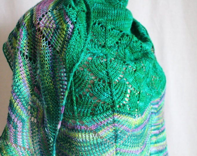 Instant Download Knitting Pattern - Shawl - Mermaid Kisses
