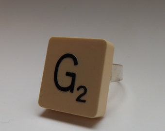 scrabble tile 'G' ring