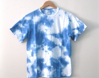 Hand-Dyed Blue Sky and clouds Dreamer tee shirt / tie dye cotton 'Day Dreamer' t-shirt sm-xl