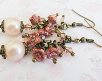 Peach bridesmaid earrings, bronze cluster earrings, peach pearl jewelry, long earrings, gift for her, rustic jewelry