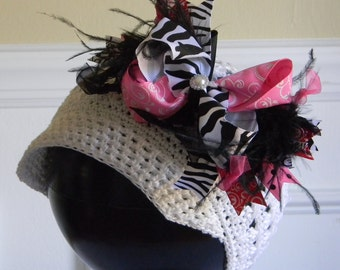 """White Crocheted Newsboy Hat for 4 - 8 yr w/ 6"""" Hot Pink & Black w/ Zebra Print Hair Bow Feathers and Rhinestone Center on Alligator Clip"""