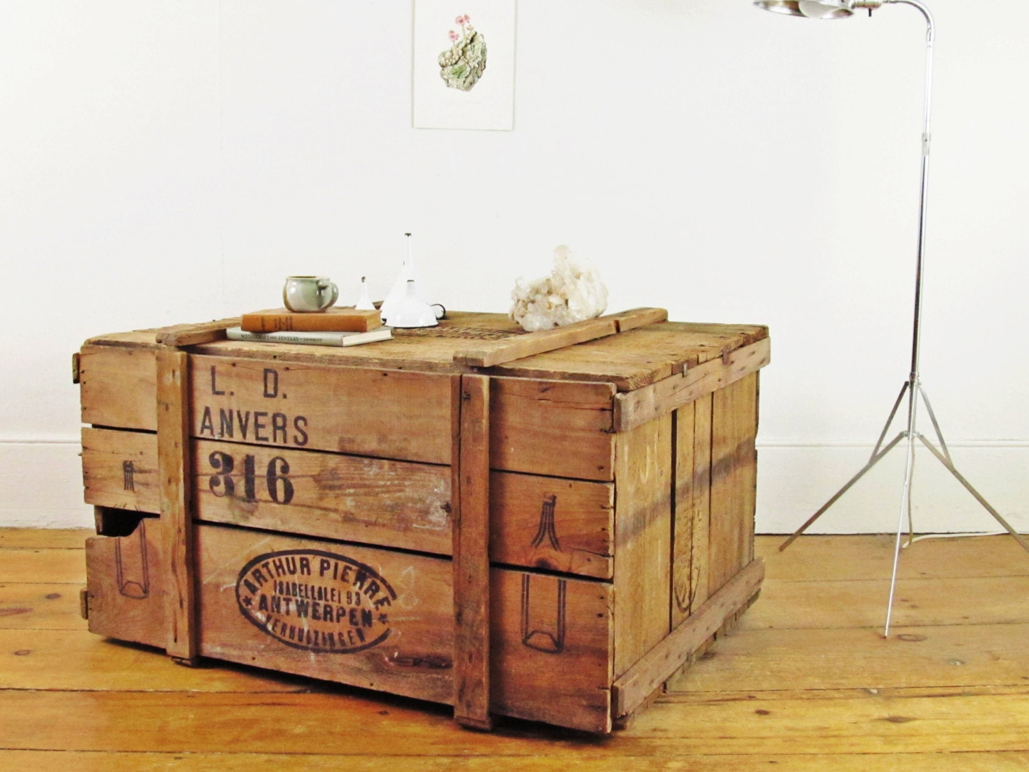 Vintage crate industrial coffee table trunk coffee table for Where to find old wooden crates