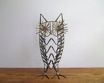 Vintage Brutalist Standing Owl