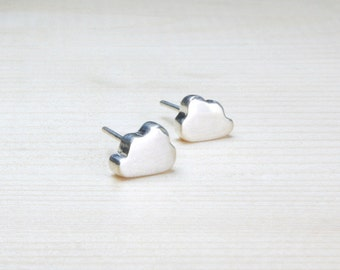 silver cloud stud earrings. silver cloud post earrings. silver cloud studs. silver cloud posts. handcrafted fine silver earrings. artisan.