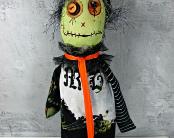 Halloween Witch Doll. Handmade OOAK Ugly Witch, Green Witch, Halloween Decoration, Fabric Art Doll, One of a Kind, SALE