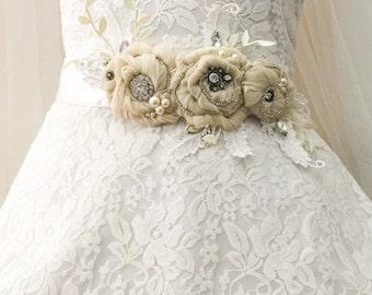 Bridal sash belt, bridal sash, bridal belt, flower sash, flower belt, ribbon sash, ribbon belt, vintage look sash, wedding dress sash