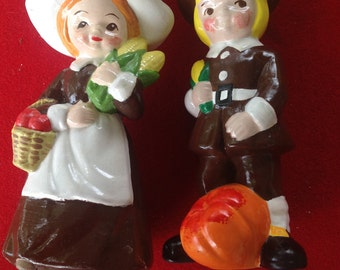 Vintage RB pilgrim man woman figurines Thanksgiving