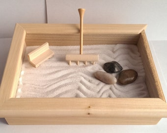 Peaceful Desktop Zen Garden - Plexi Top - No Mess