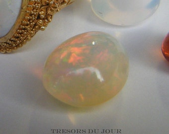 Opal Gemstone, Gorgeous Australian White Precious Opal Cabochon Large 9 carat Genuine White Opal Harlequin Opal, White Opal Loose Gemstone