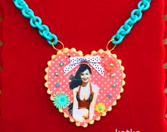Bettie Page Pin Up Statement Kitch Necklace
