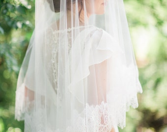 chantilly lace veil, drop veil, bridal veil with lace, bridal veil ivory, wedding veil, tulle veil, ivory bridal veil, romantic wedding veil