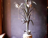 Vintage Italian-Style Tolework Floral Table Lamp - Great Garden Room Decor!