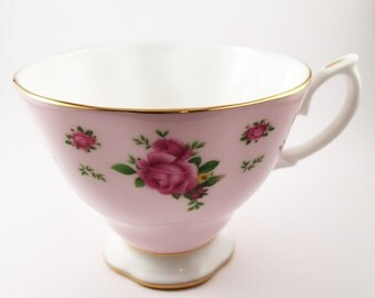 Teacup Candle - Custom Scent and Color - Royal Albert - The Adalynn