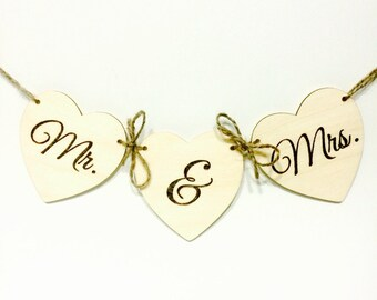Small Mr. & Mrs. Rustic wedding banner decor or photo prop