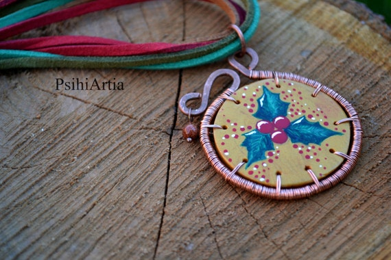 Christmas gift ideas Christmas necklace Christmas jewelry Christmas gift for her Polymer clay necklace Wirewrapped pendant Mistletoe jewelry