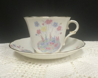 Vintage Bone China Tea Cup and Sauce. Colclough China Made in Longton England.