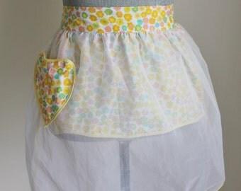 50s Reversible Hostess Half Apron Yellow Print Heart Pocket Sheer