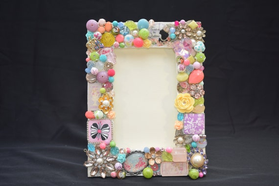 4in x 6in Colorful Beaded Picture Frame with Vintage Jewelry