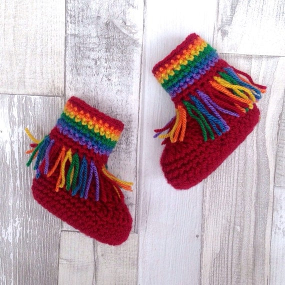 Moccasin booties, moccasins rainbow booties, crochet baby hippy booties, unisex baby, rainbow colours, gift, newborn, baby shower, moccasins