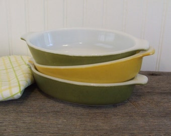 Small Pyrex Baking Dishes, Green and Yellow Pyrex Oval Baking Dishes, Oval Pyrex Baking Dish, Set of 3