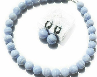 "Beads and earrings with blue agate ""Colour of the Sky"""