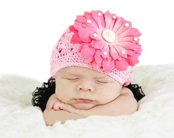 Crochet flower for girl colour Beanie pink U.T.