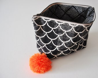 zipper bag // scales // large // handprinted // black and white