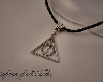 Necklace Pendant Harry Potter Deathly Hallows symbol Elder Wand Invisibility Cloak Resurrection Stone