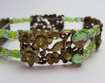 Green Swarovski & glass bead, 2 strand, stretch bracelet