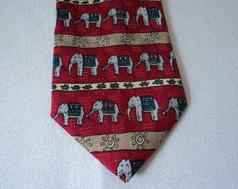 REDUCED - French vintage Briefing elephant neck tie (03063)