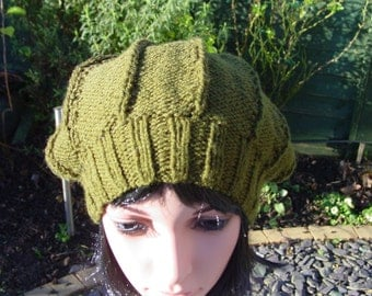 Womens Hand Knit Slouch Hat, Handmade Hat, Hand Knit Hat, Womens Hand Knitted Hat, Ladies Hat, Winter Hat, Slouch Hat, womens Green Hat,