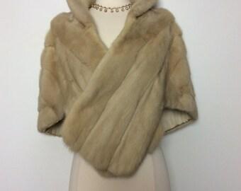SPLENDID vintage 1950s 50s mink fur Wedding Bridal stole wrap cape capelet Glamour