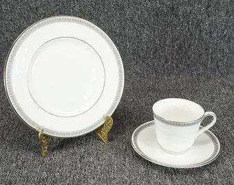 Vintage Royal Doulton Ravenswood Salad Plate Tea Cup And Saucer 3 Piece Set