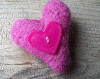 Needle felted heart brooch